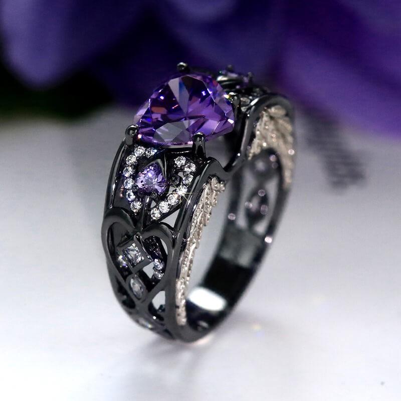 Angel Wing Amethyst Ring In Heart Cut Gemstone Vancaro